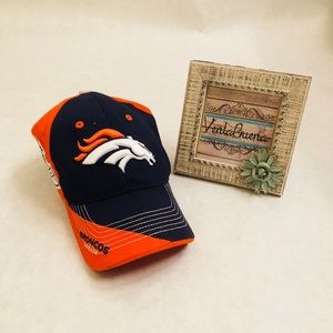 Other - Denver Broncos Hat NFL Team Apparel One Size